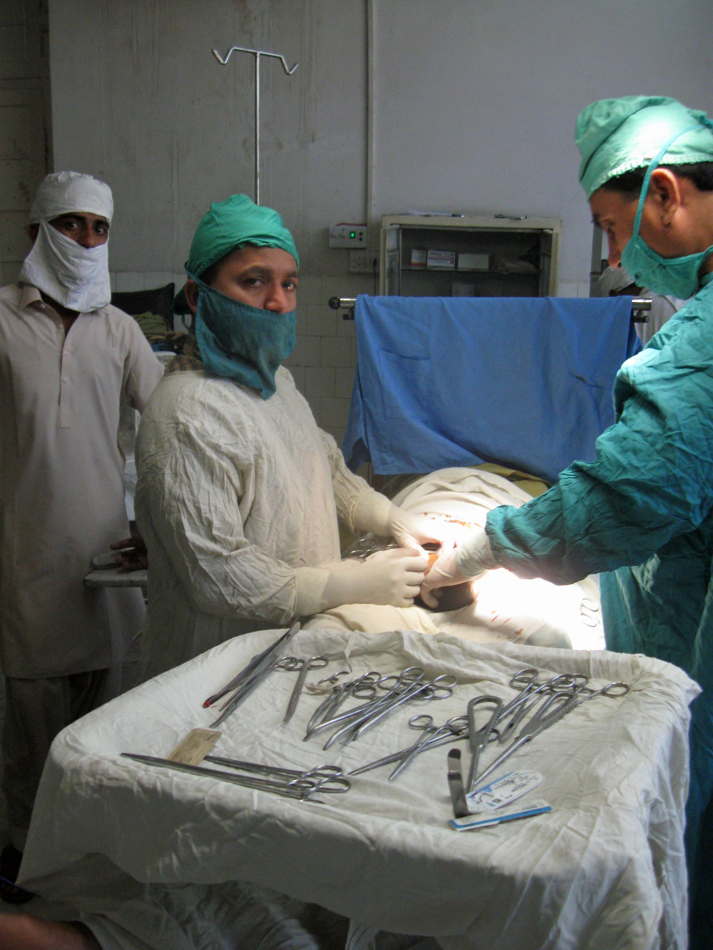 20100313_Sldo_Meda_Aqureshi_Aqureshi_Sind_Shp_Shp_Operated_In_Hospital_22